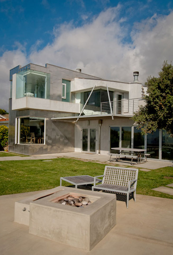 Contemporary design home by Timme G Designs